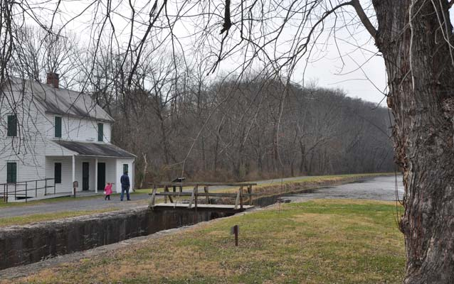 A photo of the C&O Canal Lockhouse 70 near Oldtown.