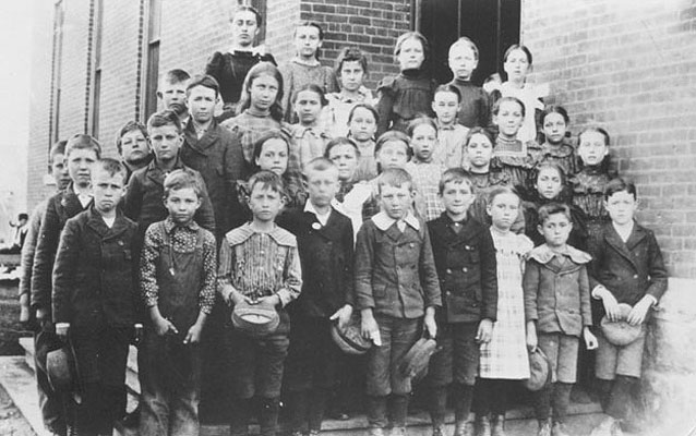 Dwight Eisenhower (front row, second from left) and his 5th grade class.