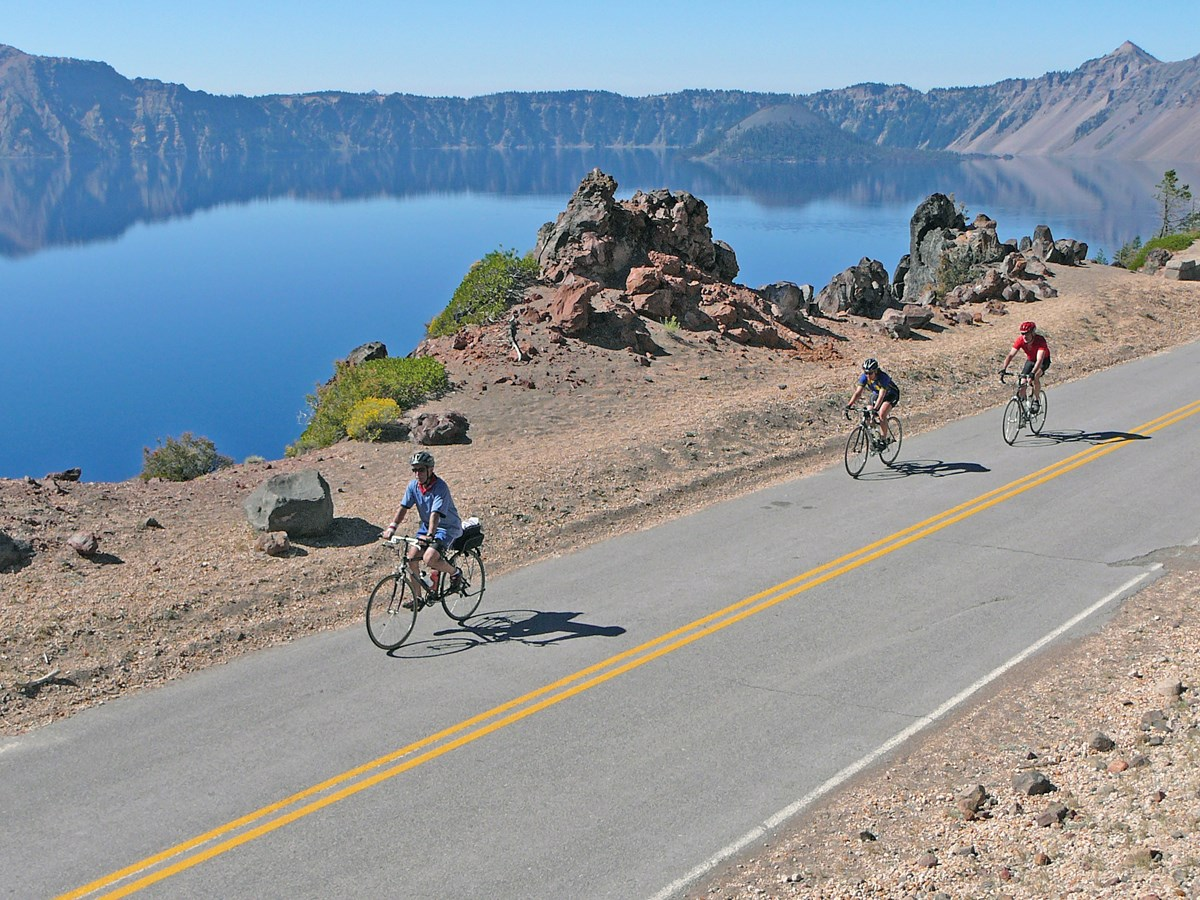 Bicyclist on East Rim Drive