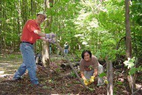 CVNP adopt a trail volunteers Charlie Wu and Theresa Sullinger Dave Burgan 285 size
