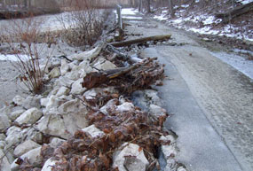 Towpath damage north of Lock 29