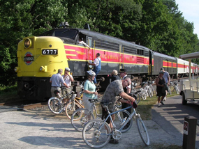 Cyclists along side train at Indigo 2_285_Paul Stoehr