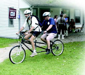 Sight Center Cyclists on tandem bike.