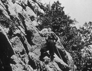 Linnie Rogers prepares to climb Devils Tower in 1895