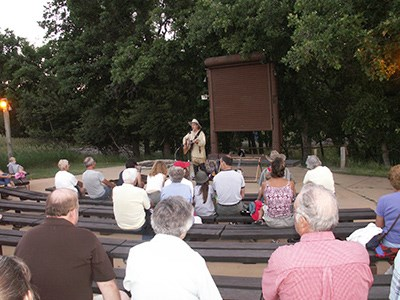 Buffalo Bill performs at Devils Tower National Monument