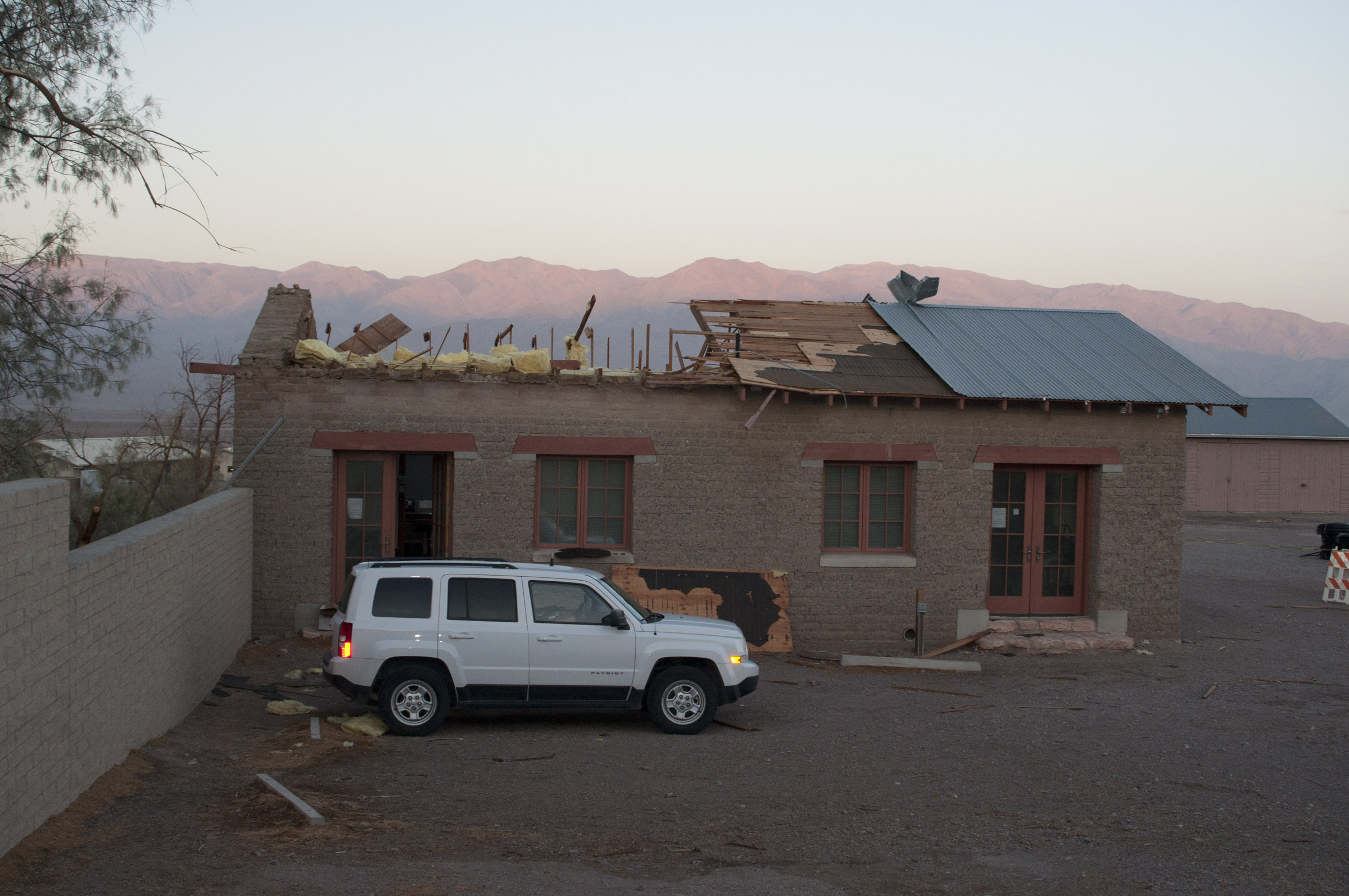 Wind Blowing On Building : Death valley high winds damage september