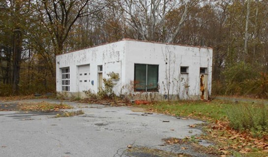 vacant small concrete building