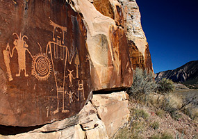 Photo: McKee Springs Petroglyphs