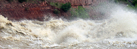 Maytag at Warm Springs Rapids on the Yampa River during a flow rate of 22,000 cubic feet per second