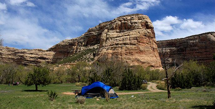 dinosaur national monument camping