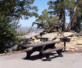 Picnic table at Canyon Overlook.