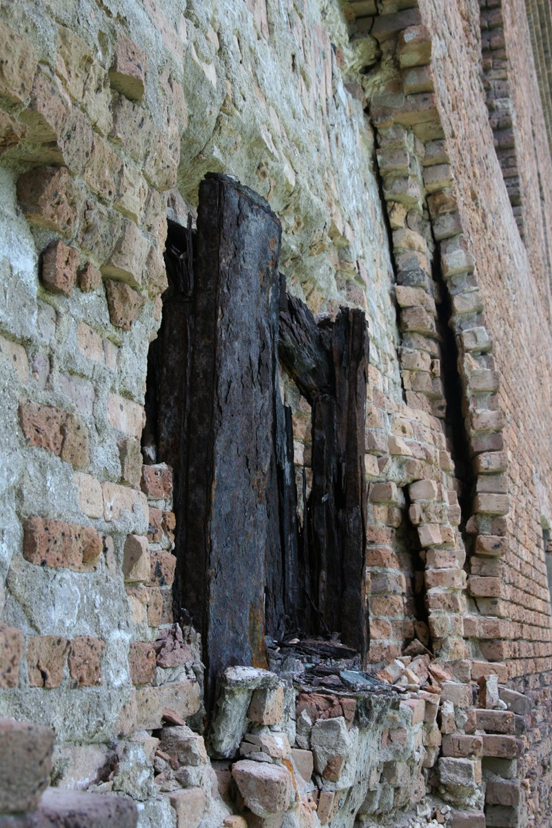 As the iron expanded, it pushed the brick apart, causing serious structural damage to Fort Jefferson's walls.