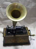 who invented the phonograph