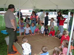 Sandbox dig demonstration