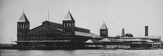 Immigration - Ellis Island Part of Statue of Liberty National ...