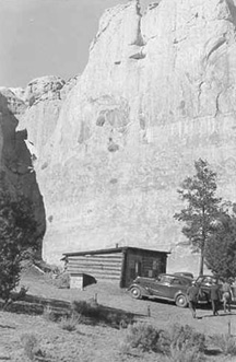 The first ranger cabin welcomed visitors even in the early 1900s.