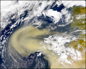 A plume of Saharan dust blowing off the coast of northwestern Africa