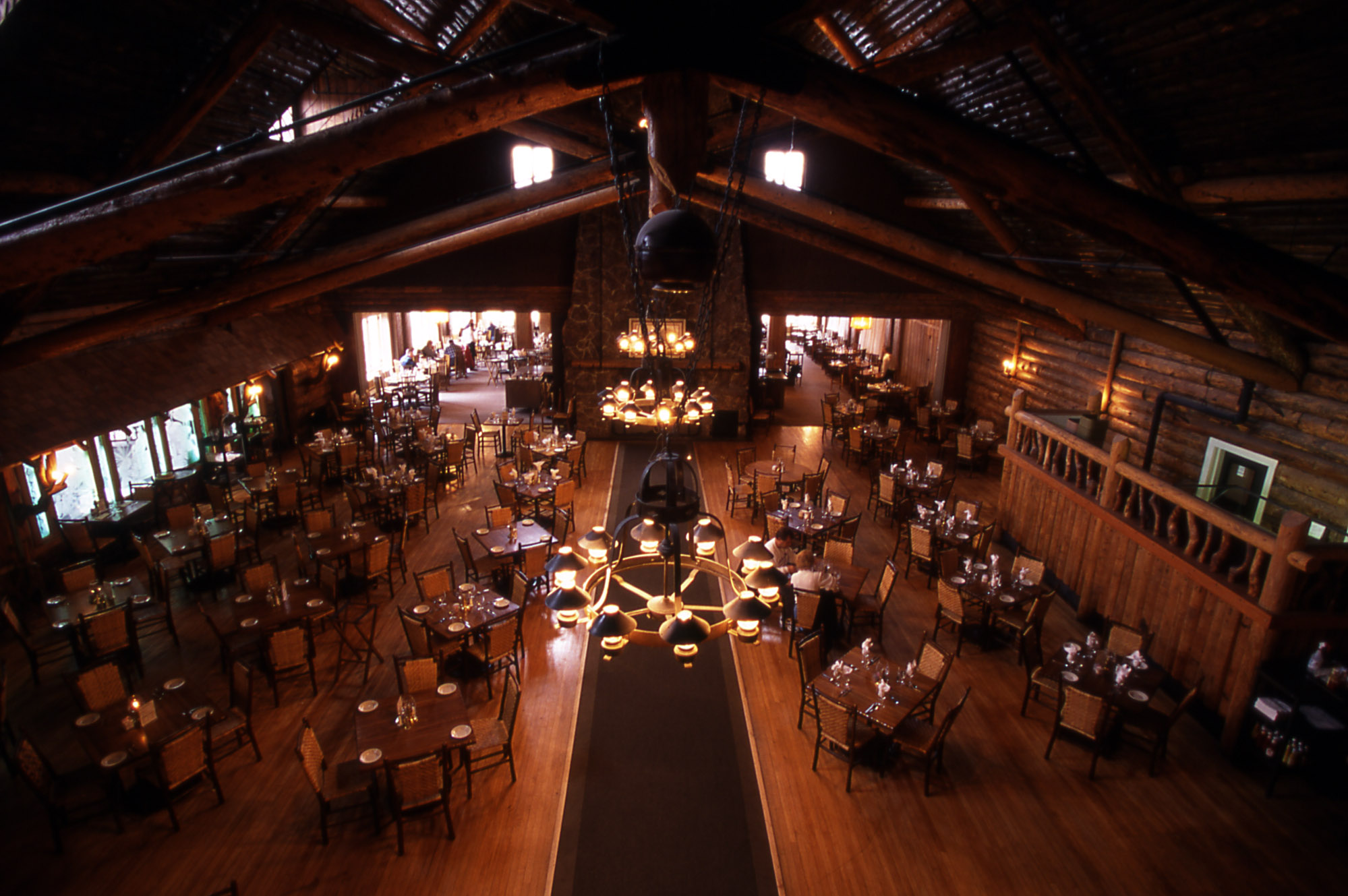 Yellowstone 39 s photo collection for Best hotel dining rooms