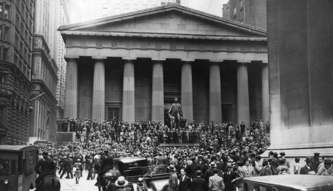 Federal Hall at the time of the 1929 Stock Market crash.