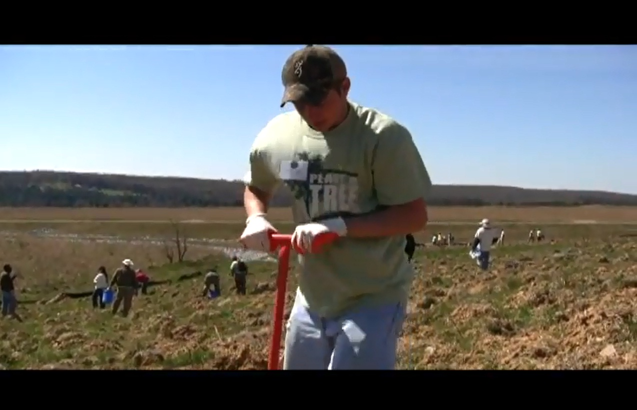 Student helps plant trees at Flight 93 NM - Spring 2012