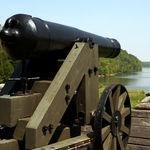 32-pounder cannon at Fort Donelson