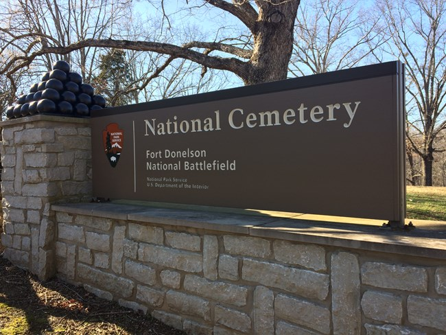 Entrance sign at the National Cemetery