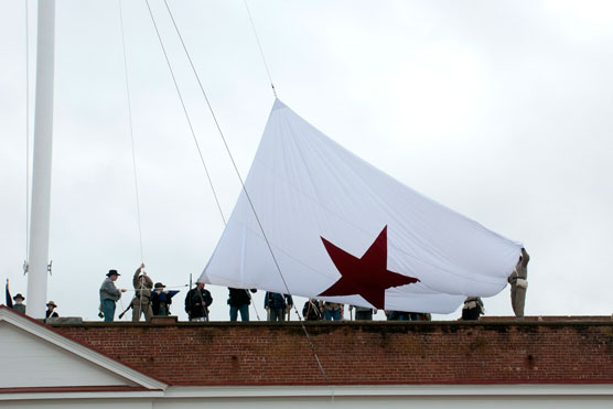 Raising the Flag of Secession over Fort Pulaski