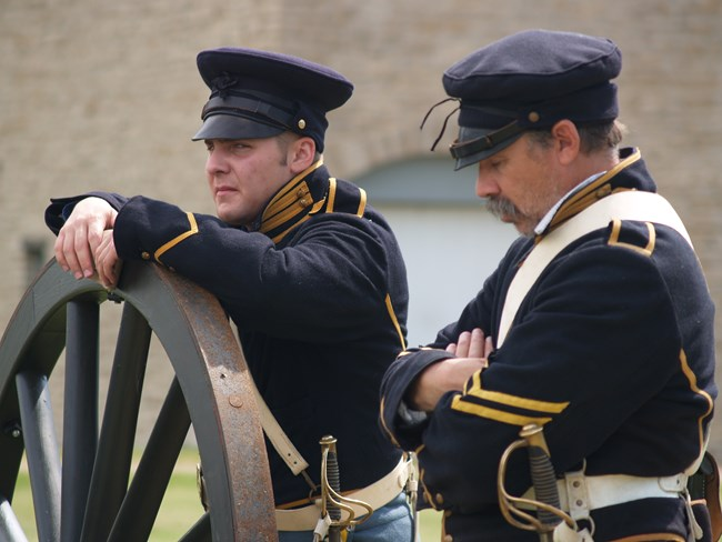 Artillery soldiers