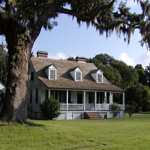 The visitor center at Charles Pinckney NHS is a historic farmhouse.