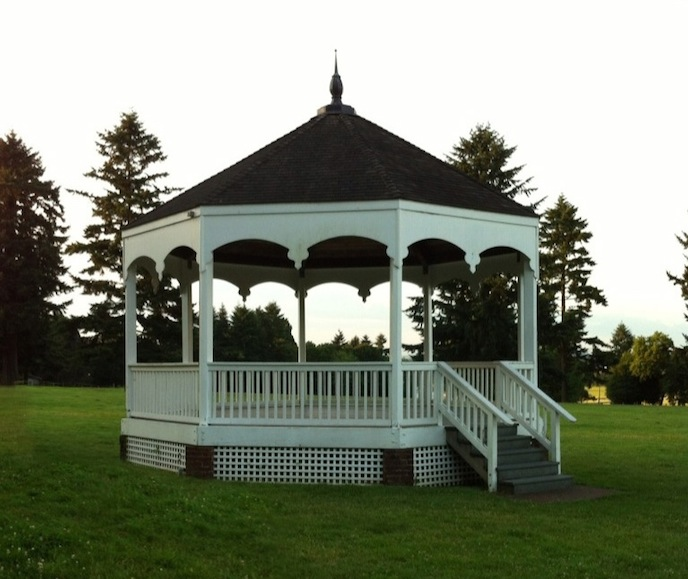 Fort Vancouver Bandstand