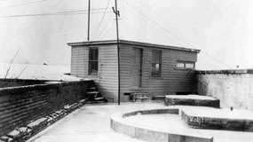 Mine Commander's Station (Signal Corps photo)