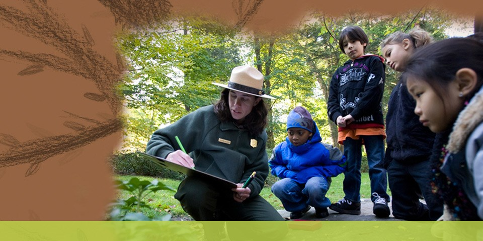 Park Ranger demonstrating drawing plantings as part of a Good Neighbors Onsite Activity