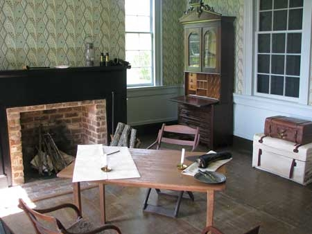 Restored Warren room at Ellwood