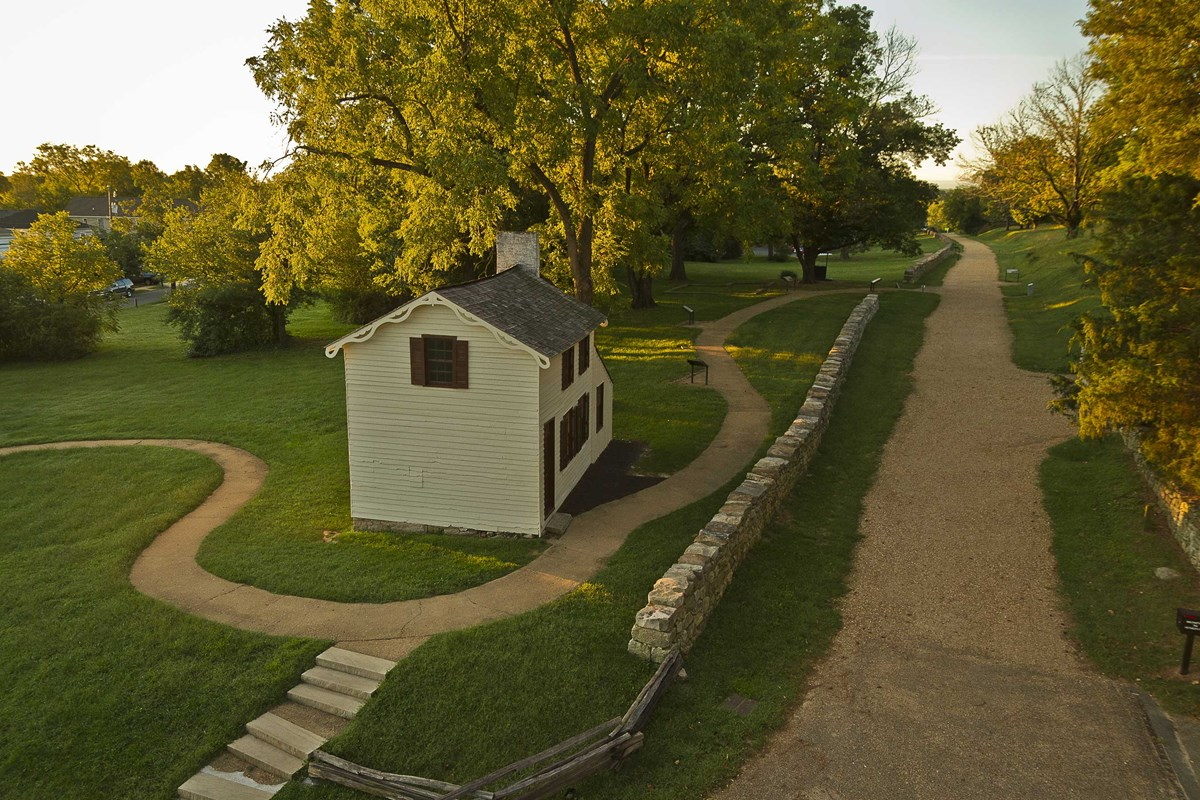 The historic Innis House along Fredericksburg's Sunken Road