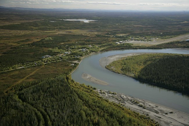 Aerial View of Bettles/Evansville next to the winding Koyukuk River