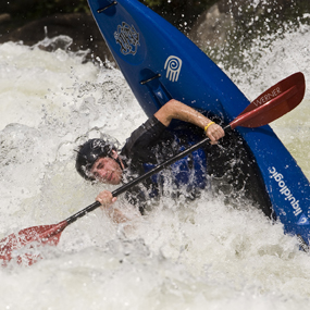Gauley-River-whitewater-kayaker-overturns-2