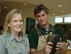 Teacher-Ranger Renay with peregrine falcon