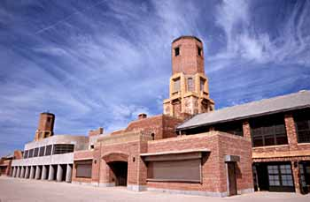 The historic bathhouse in Jacob Riis Park, Queens, is part of Gateway's Jamaica Bay Unit. NPS PHOTO