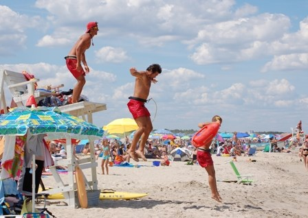 Please swim and wade only on lifeguard protected beaches when lifeguards are on duty. During the summer, hours are 10 am to 6 pm.