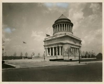 Early image of the General Grant National Memorial, a large mausoleum that houses the remains of General and President Ulysses S. Grant and his wife, Julia.