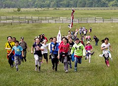 A school group participates in a Pickett's Charge education program.