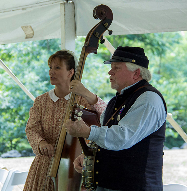 Lisa and Steve Ball performing at the 2016 Gettysburg Music Muster