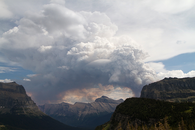 Smoke plume from the Thompson Fire