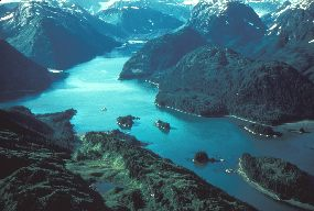 islands and fjords of Glacier Bay
