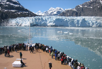 visitors on a cruise ship in Glacier Bay