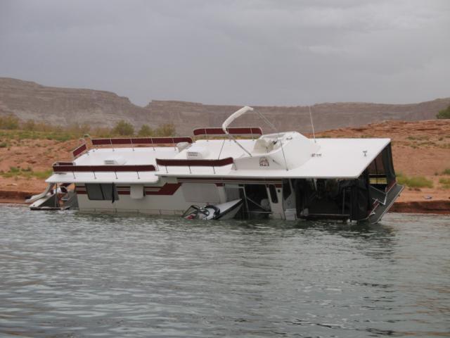 Lake Powell Houseboat Best Beaches
