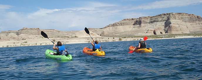 Kayaking glen canyon national recreation area u s for Lake powell fishing license