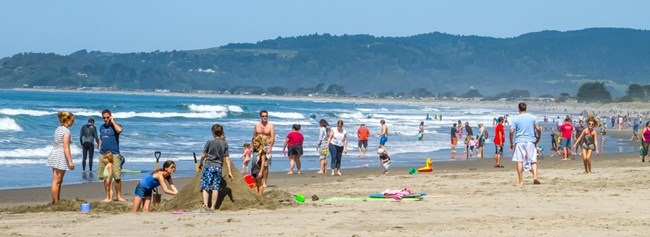 Stinson Beach crowded with people on sunny day
