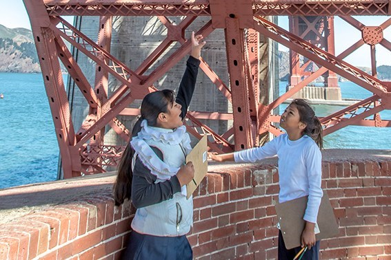 Students on barbette tier of Fort Point