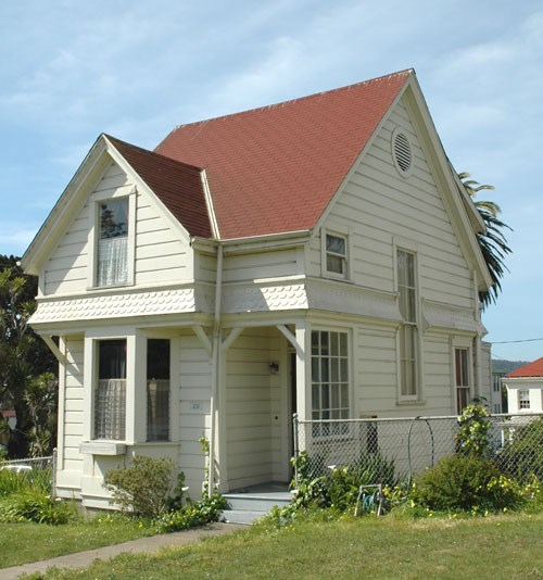 Queen Anne style buildings at Fort Mason